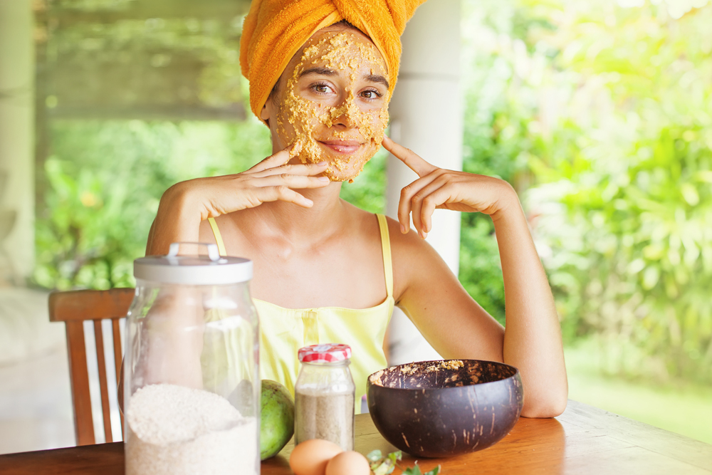 come fare lo scrub al viso e consigli utili